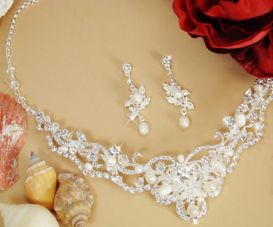 NWT Couture Freshwater Pearl and Crystal Bridal Wedding Necklace
